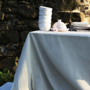 Asztalterítő közepes, 180x126 BÜKK
